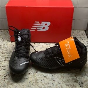 New in box New Balance BURN C lacrosse speed cleat